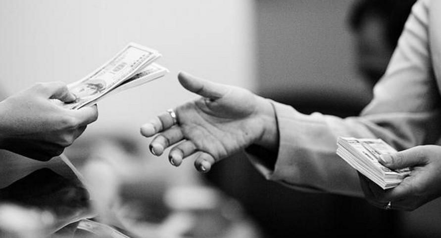 pinjam uang tanpa jaminan kartu kredit