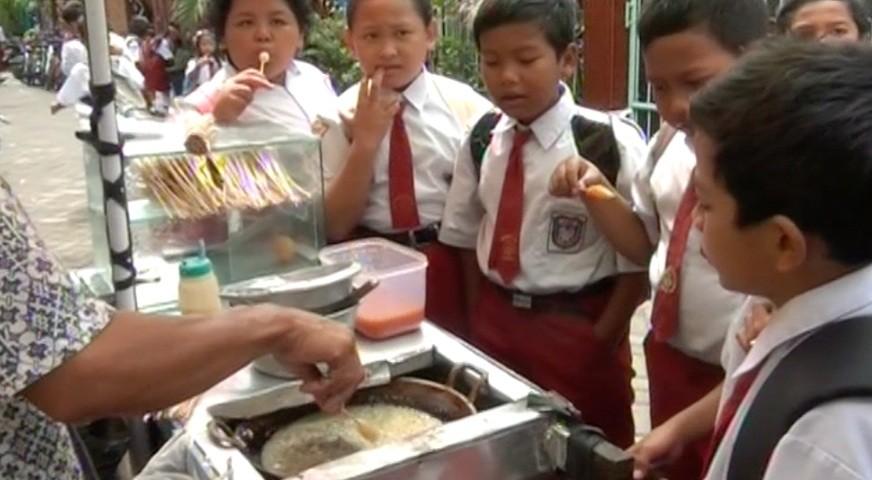 usaha-jajanan-anak-sekolah