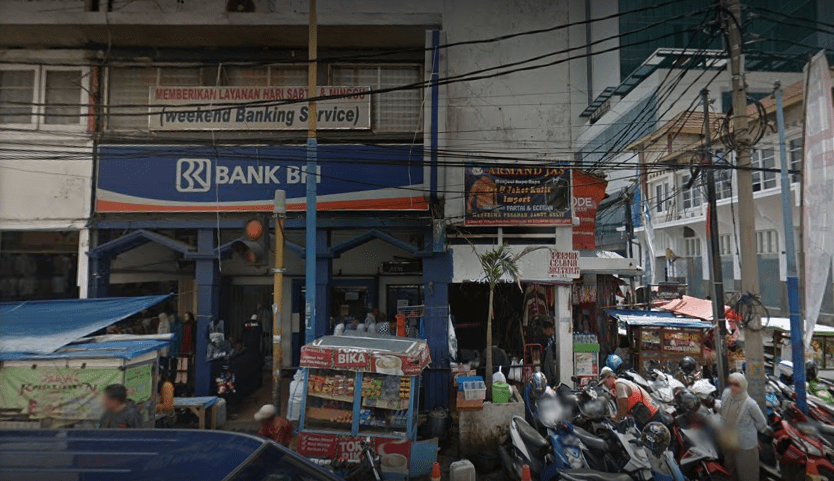 Kantor Cabang BRI Pasar Baru Bandung