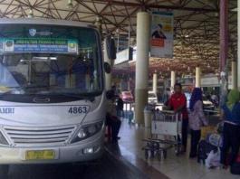 Bus Damri Bandara Juanda