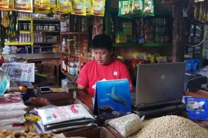 toko sembako milik agung